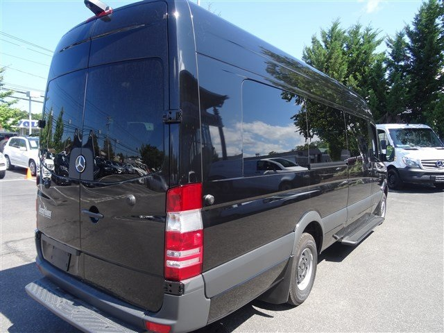 New 2017 mercedes benz sprinter 15 passenger smartliner for Mercedes benz sprinter 15 passenger