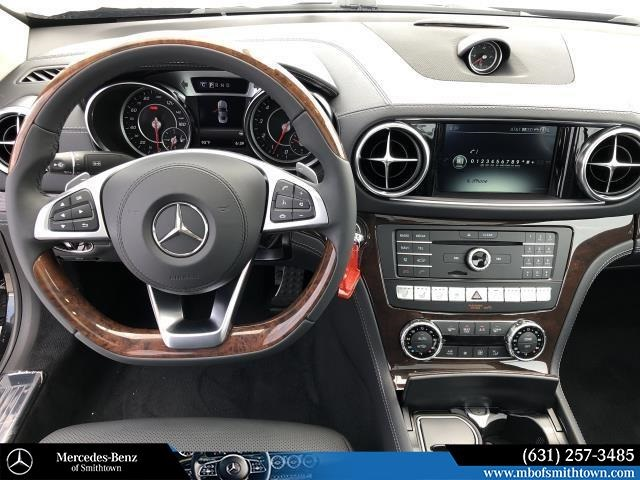 New 2019 Mercedes-Benz SL 550 With Navigation